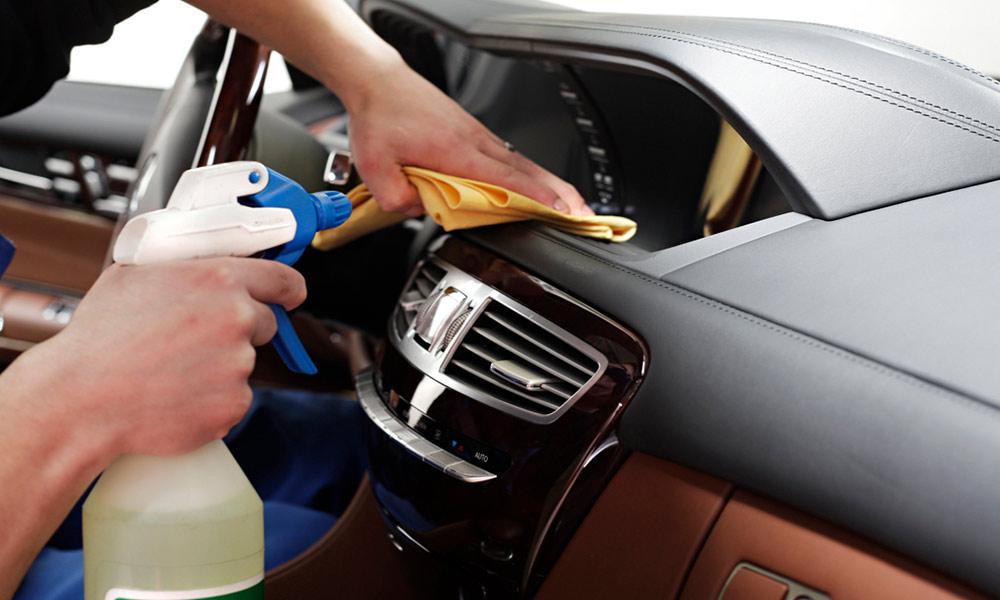 Auto Innenraum Reinigen Hausmittel